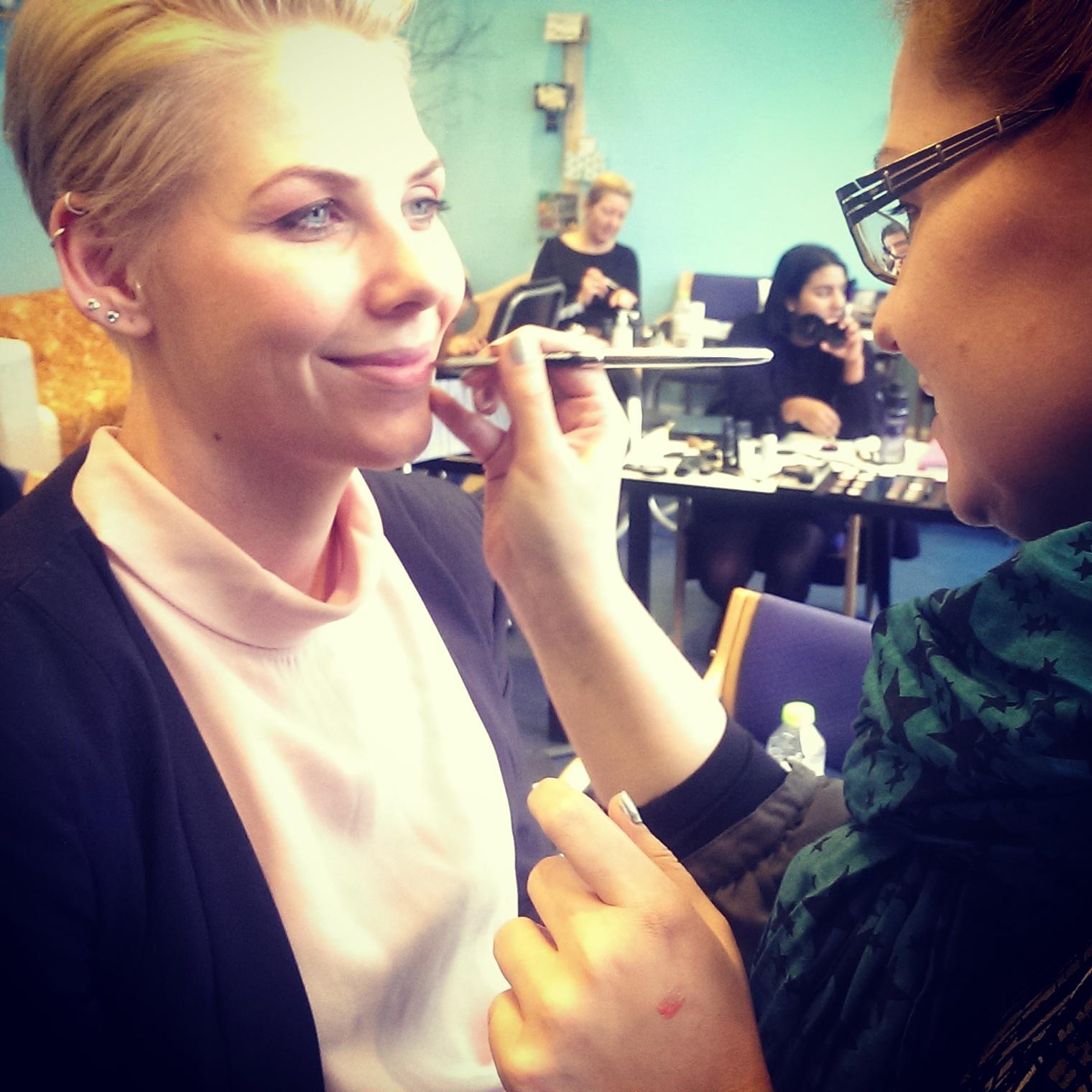 Stemningsrapport fra makeup artist uddannelsen i Århus og København