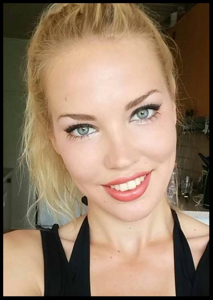 Sosu-assistent har taget makeup artist uddannelsen
